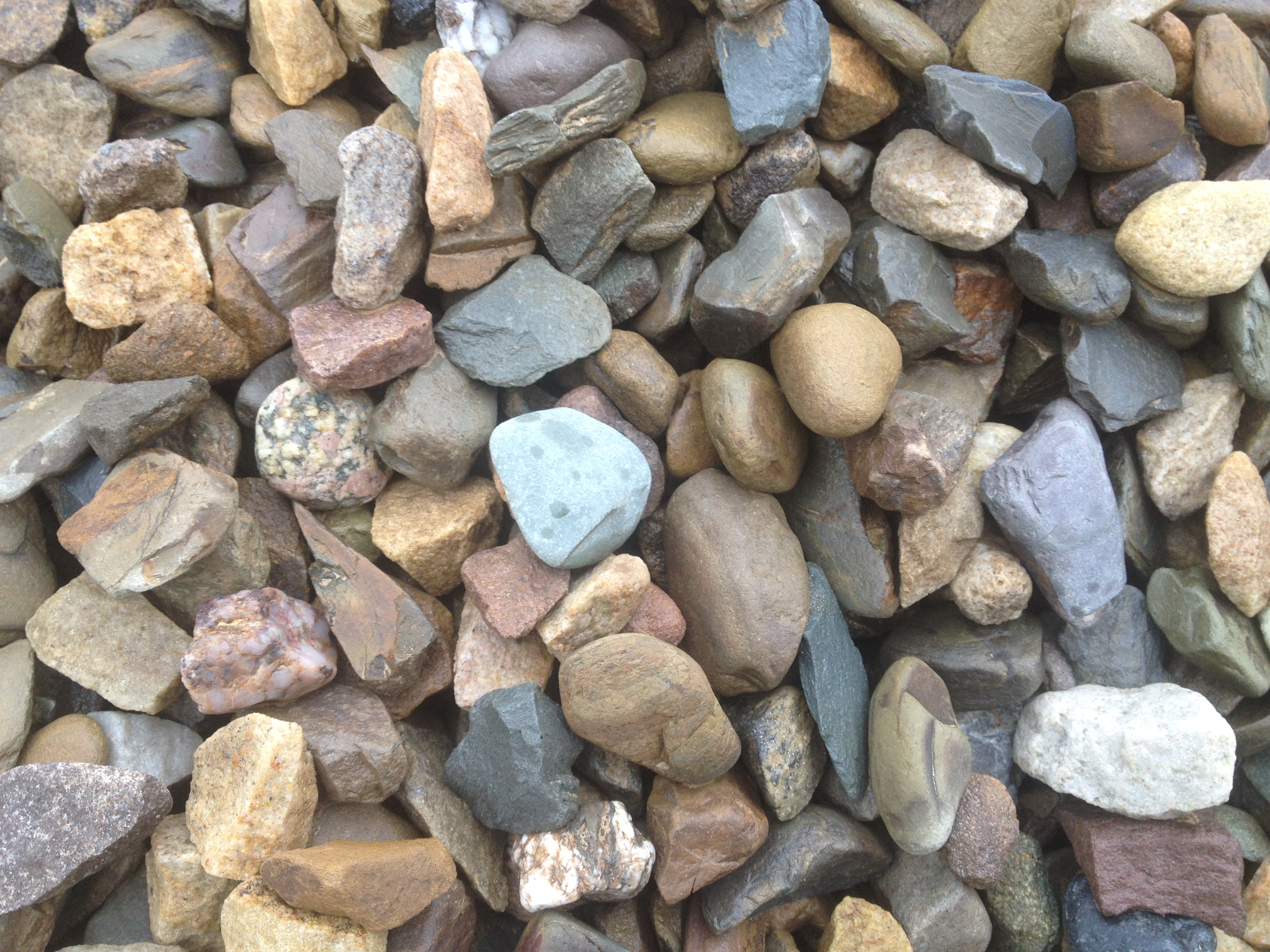 Wexford Sea Pebble 20mm Decorative Stones Gravel And Aggregates Stonedirect Ie